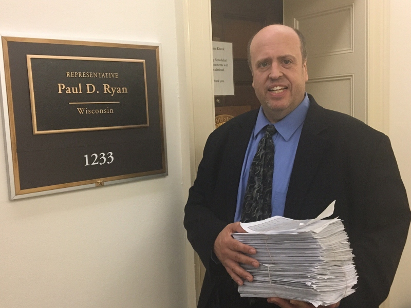 Norm Singleton delivering Audit the Fed petitions